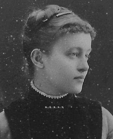 Sophie Gorboff, née Masloff , Moscou, vers 1888 Archives familiales(c)